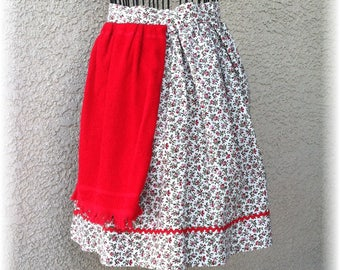 RED SIDE TOWEL Apron