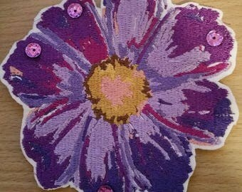 Stunning Sequined Flower  Embroidered  Iron/Sew/Glue On Patch