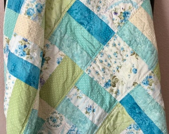 Handmade Lap Quilt, Patchwork Quilt, Lap Quilt, Quilted Bedding, Cotton Quilt, Throw Quilt, Bedroom Decor, Sofa Throw, Mother's Day Gift