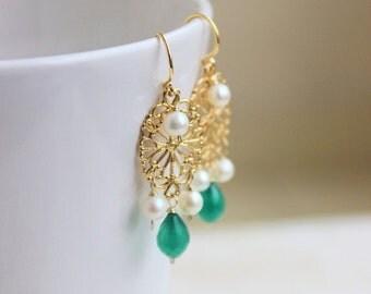 Black Friday Sale Green Onyx Gemstone Freshawter Pearl Earrings Gold Filigree GE14