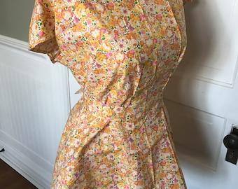 Vintage Ladies' Orange, Pink and Yellow Floral Print Crisp and Clean Smock Apron