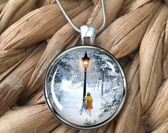 Chronicles of Narnia Lion Witch Wardrobe Lamp Post Lamppost Lucy Design Glass Pendant Necklace