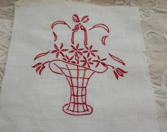 Vintage Redwork Floral Bouquet EMBROIDERY Square Quilt Pillow Frame 1950s Needlework