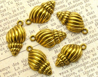 Gold Seashell Charms 25mm - Set of 8 - Antique Gold Conch Shell, Shell Charm, Beach Charm, Nautical Pendant, Lead-Free, Nickle-Free (BC0057)