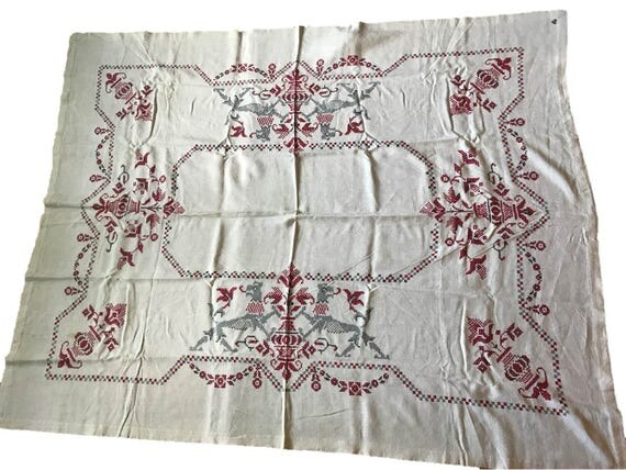 1951 Hand Embroidered Linen Tablecloth (57x70) and 12 Napkins Signed