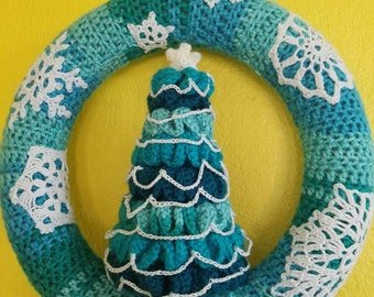 Crochet holiday or Christmas wreath