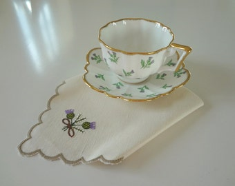 Vintage Napkins Set of 4 Serviettes Scottish Thistle Heather Hand Embroidered Linen with Scalloped Edge Overcast Hems - EnglishPreserves