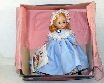 Madame Alexander doll - United States - 1981 - Original Box - Collector Doll