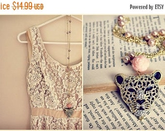 Sale Tiger. pearl & gold with hints of rose pink sparkle necklace.