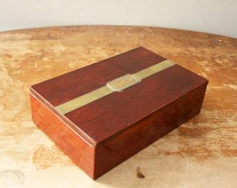 vintage 70s Mens Wood & Brass Belt Buckle Novelty Jewelry Box Catch All