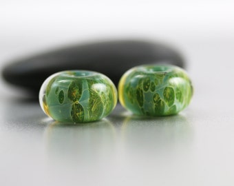 Green Lampwork Beads - Pair - Lampwork Beads - 13x8mm