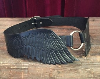 Feathered Bird Wings Tooled Leather Waist Sized Buckle Back Belt