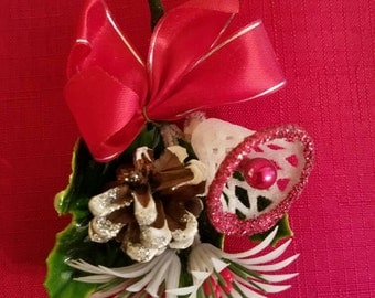 Kitschy 60's sparkly Christmas corsage pin. Complete with presentation box and gift tag!