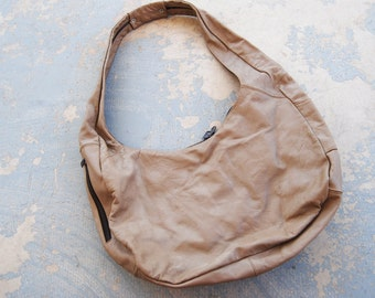 vintage 80s Purse - 1980s Hobo Bag - Taupe Leather Slouchy Purse - Leather Shoulder Bag