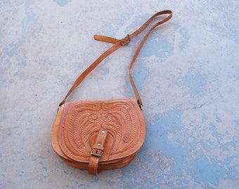 vintage 80s Tooled Leather Purse - Boho Western Shoulder Bag - 1980s Crossbody Bag