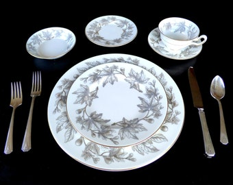 MidCentury Wedgwood Bone China Place Settings for 12: Ashford Grey #W4106 – Vintage Wedding Dinnerware