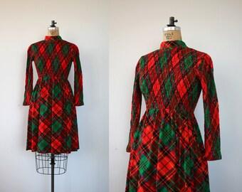 vintage 1960s dress / 60s scottish plaid dress / 60s glen of michigan dress / 60s red argyle plaid dress / 60s xmas party dress / medium