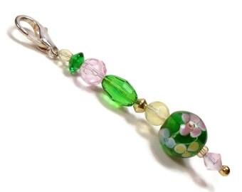 Purse Jewelry Purse Charm Key Fob Zipper Pull Floral Green Pink Yellow Beaded Scissor Fob Pocketbook Decoration