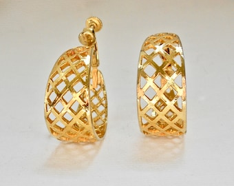 SALE 30% OFF  Mid Century Gold Tone Wide Lattice Clip On Earrings