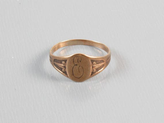 Antique Victorian 10k rose gold signet ring / pinky ring / midi ring, size 3/4 / baby ring / knuckle ring / initial / monogram / letter E