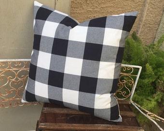 Farmhouse  Black and White Buffalo Check  Pillow Cover  24x24  Lodge / Lake House / Farmhouse / Cozy Cabin / Modern Decor