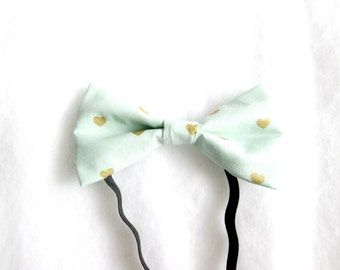 Large Gold Hearts Elastic Bow Tie