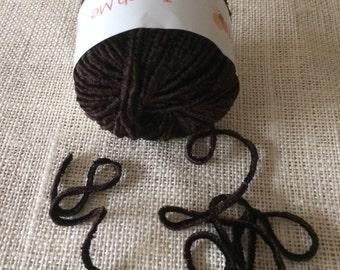 New Muench Touch Me Yarn 3619 Dark Brown 4 Skeins Destashing