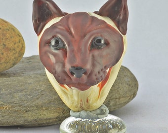 Siamese Cat Focal Bead in Brown and Ivory Glass,   Lampwork Glass Bead, Glass Sculpture Collectible, Focal Bead, Izzybeads SRA