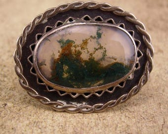 Antique Moss Agate brooch  / sterling picture agate pin / silver haunted brooch / estate jewelry / hand made artisan jewelry / unisex pin