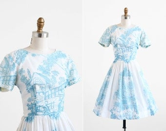 vintage 1950s dress / 50s dress / Toile Print Cotton Day Dress
