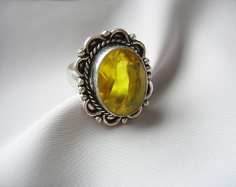 Glass Statement Ring, Yellow, Large Stone, Silver Tone, Ornate, Faceted Glass, Oval, Antique Silver, Size 8