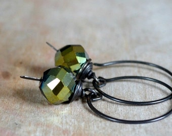 ON SALE 20% OFF Rustic earrings, glass beads and antiqued brass earrings - Mossy Hollow