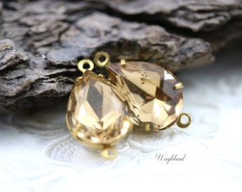 Colorado Topaz 14x10mm Vintage Pear Shaped Faceted Set Stones  2 Rings Raw Brass Prong Settings - 2 .