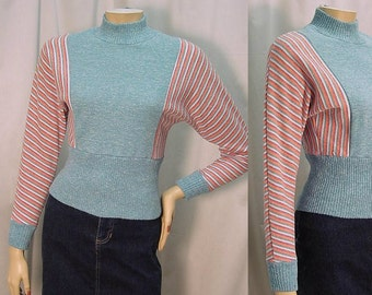 80s Batwing Striped Knit Top - Crop Cut - Dolman Sleeves - Extra Small to Small