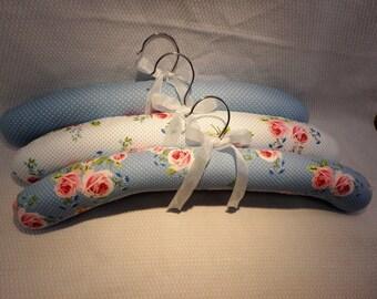 Coat Hangers, Set of 3 Hangers, Floral Fabric Hangers, Fabric Hangers, Handmade Rose Fabric Hangers, Clothes Hangers, Padded Hanger