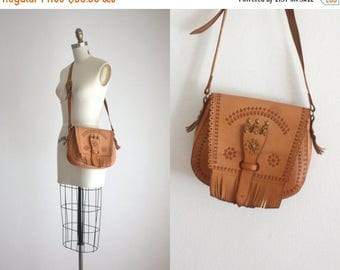 25% SALE vintage tooled leather satchel