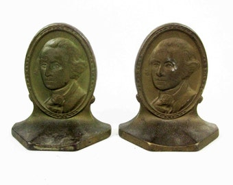 Vintage George Washington Bookends in Bronze. Circa 1920's.
