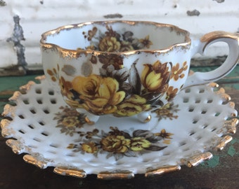 Hand painted Footed Tea Cup Teacup & Saucer Yellow Roses Lattice saucer
