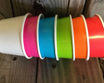 FREE SHIPPING! -- We aLL SCrEAm fOr ICe CreAm -- 8 oz Ice Cream Cups and Printed Spoons Pack of 100--  Solid Colors