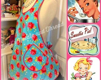 Retro 1930's style woman's full handmade cotton apron