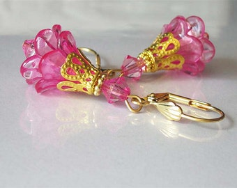Pink Flower Earrings, Lucite in Gold, Flower Jewelry, Dangle Earrings, Bright Pink Flower Blossoms