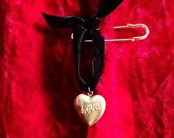 LOVE LOCKET ~ Customized Solid Perfume Scent Pendant Pin