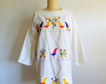 70s embroidered Mexican BIRDS tunic shirt size medium