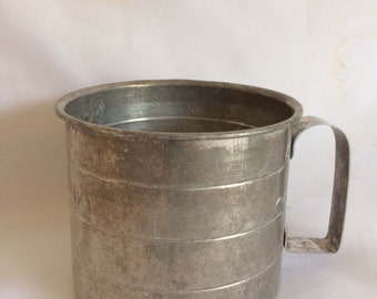 Vintage 2 Cup Aluminum Measuring Cup