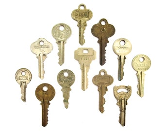 12 vintage keys Antique keys for pendant necklaces Interesting old keys Neat flat keys Words and writing Bulk keys Wedding Antique A1 #28
