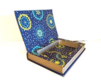 Hollow Book Safe Sense with Dollars Cloth Bound vintage Secret Compartment Security hiding place