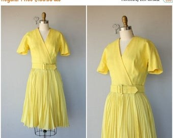 25% OFF FLASH SALE.. 1960s Anne Fogarty Dress | 60s Linen Dress | 1960s Day Dress | 60s Dress | Vintage Wrap Dress (medium)
