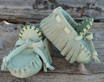 "Baby Moccasins By Desi, Beaded Green Deerskin Leather, Girl 3 3/4"" long 3-6 Months US Shoe Size 2.5, Tribal Aztec First Shoes, Seed Beadwork"