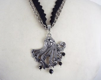 Fantasy necklace, ready to ship