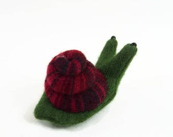 garden snail, waldorf toy, all natural toy, toy snail, small stuffed snail, stuffed animal, stuffed toy, woodland snail